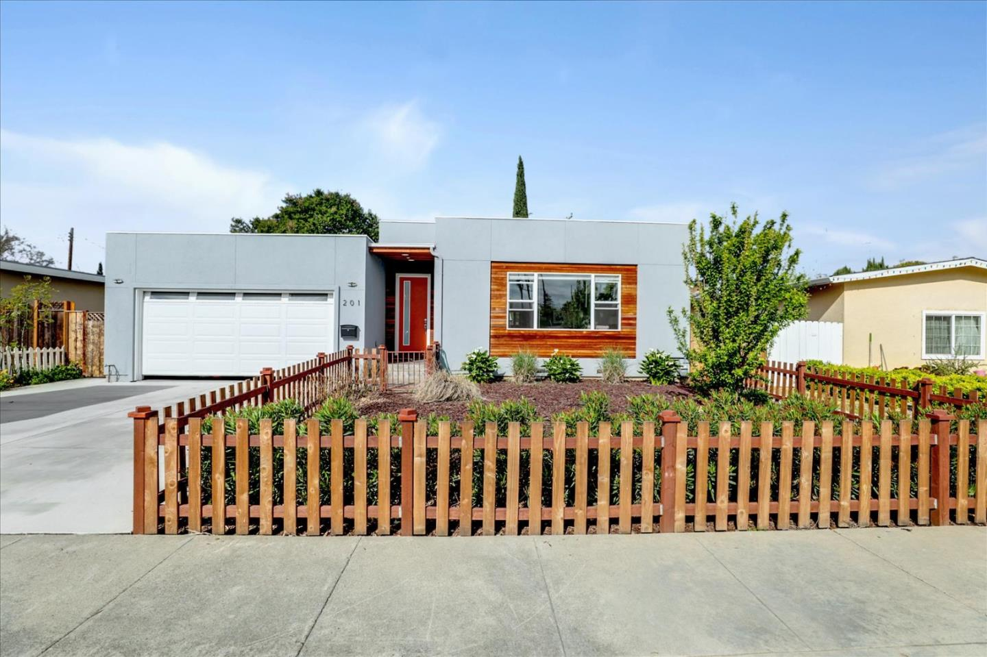 Detail Gallery Image 1 of 39 For 201 Marianna Way, Campbell,  CA 95008 - 4 Beds | 2 Baths