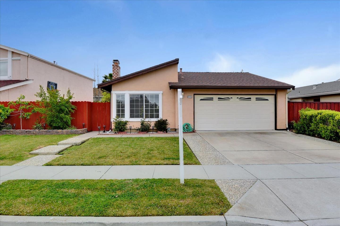 Detail Gallery Image 1 of 1 For 34195 Siward Dr, Fremont,  CA 94555 - 3 Beds | 2 Baths