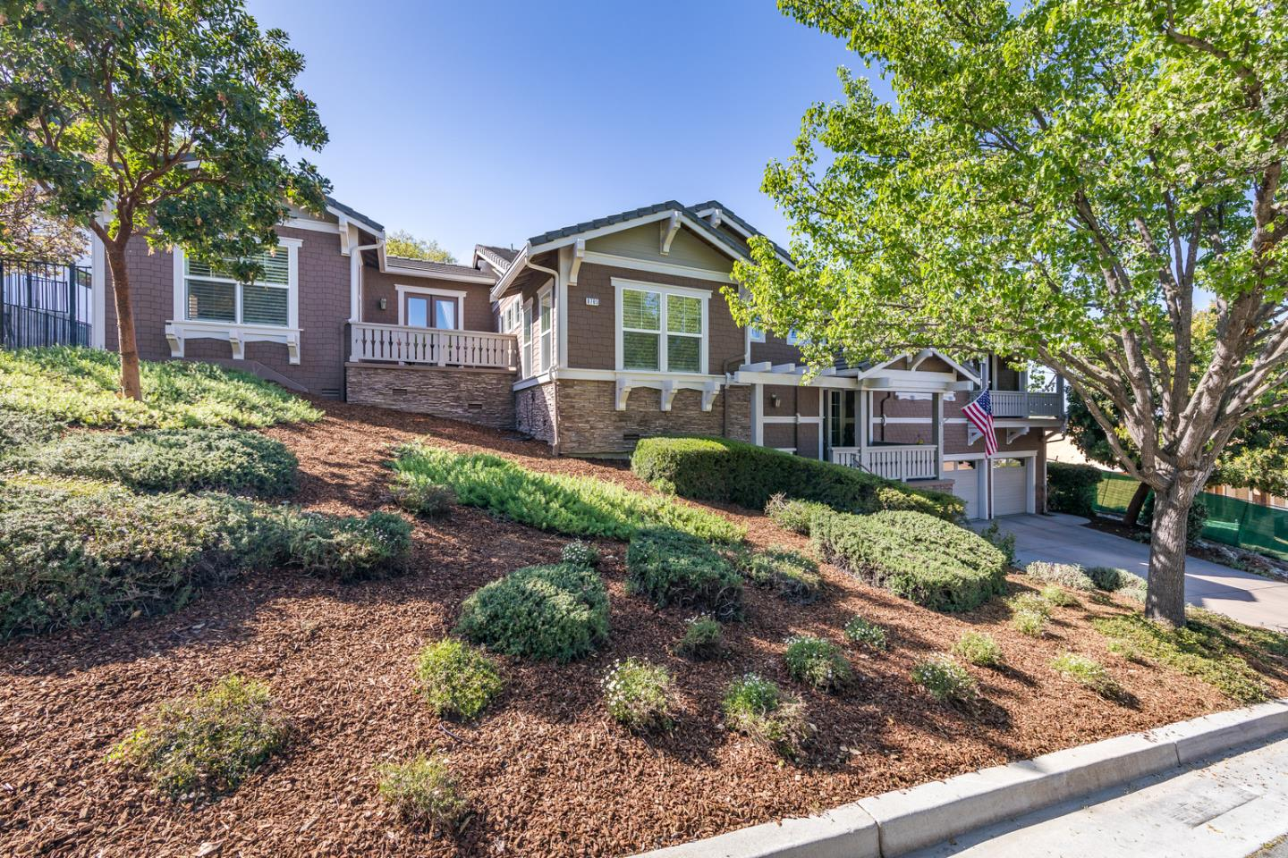 Detail Gallery Image 1 of 48 For 8765 Wild Iris Dr, Gilroy,  CA 95020 - 4 Beds | 3/1 Baths
