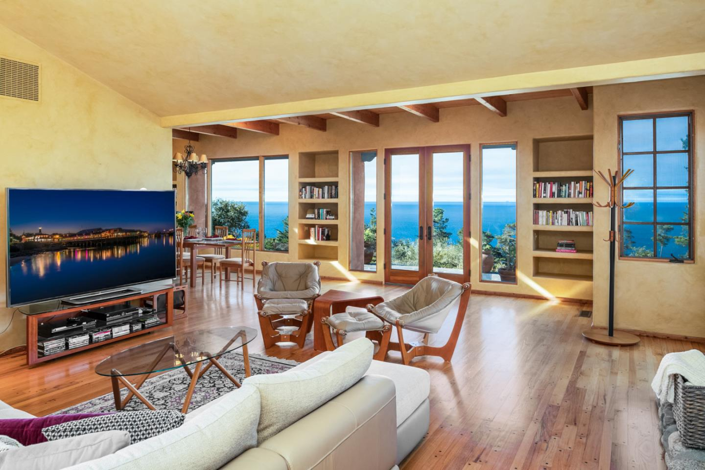 Detail Gallery Image 1 of 32 For 210 San Remo Rd, Carmel,  CA 93923 - 3 Beds | 2 Baths