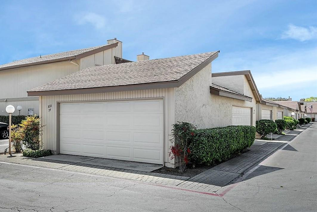 Detail Gallery Image 1 of 24 For 3133 Loma Verde Dr #39,  San Jose,  CA 95117 - 3 Beds | 2/1 Baths