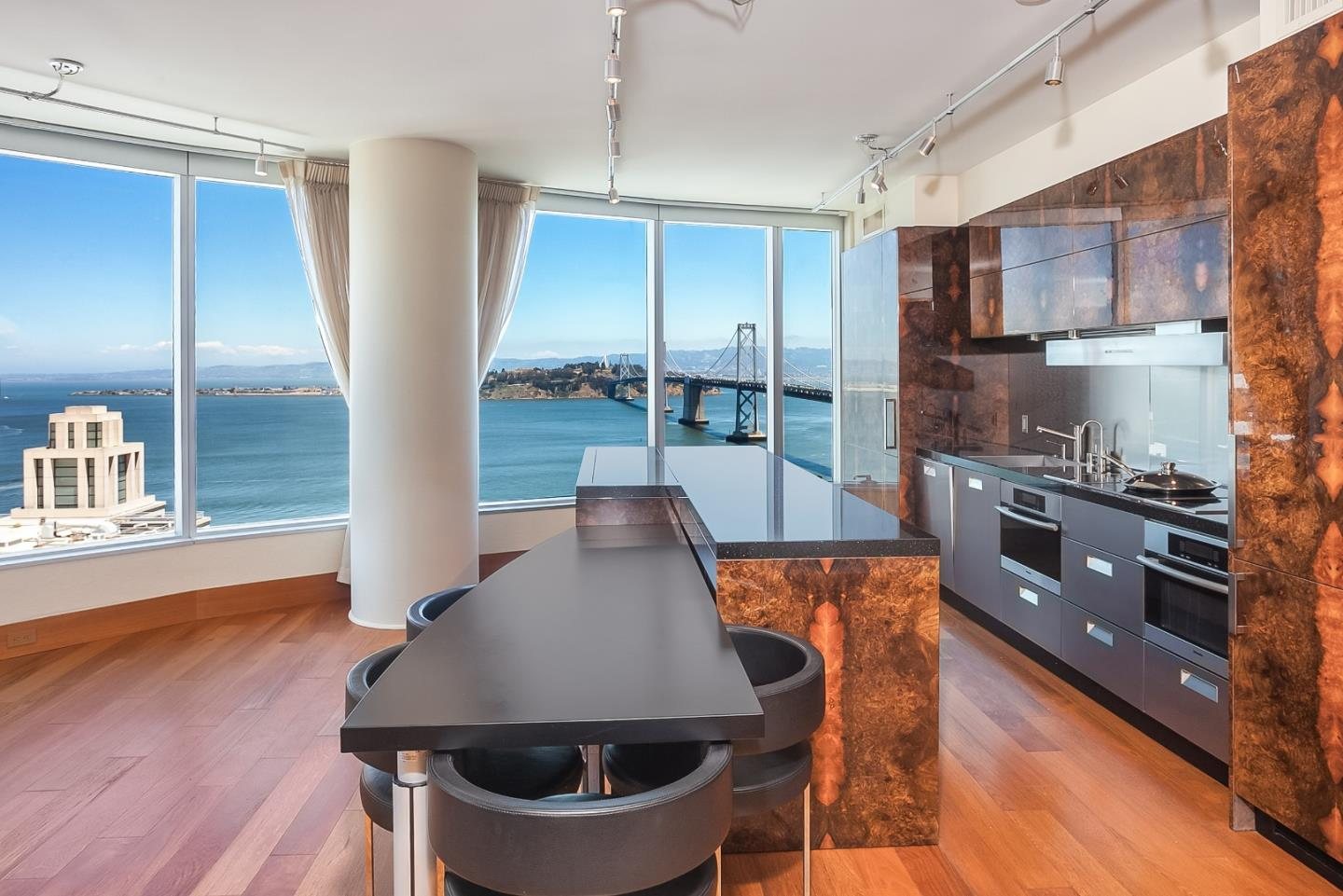 Detail Gallery Image 1 of 1 For 301 Main St 33b,  San Francisco,  CA 94105 - 3 Beds | 2/1 Baths