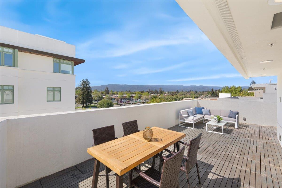 Detail Gallery Image 1 of 28 For 523 Fierro Loop, Campbell,  CA 95008 - 3 Beds | 2/2 Baths
