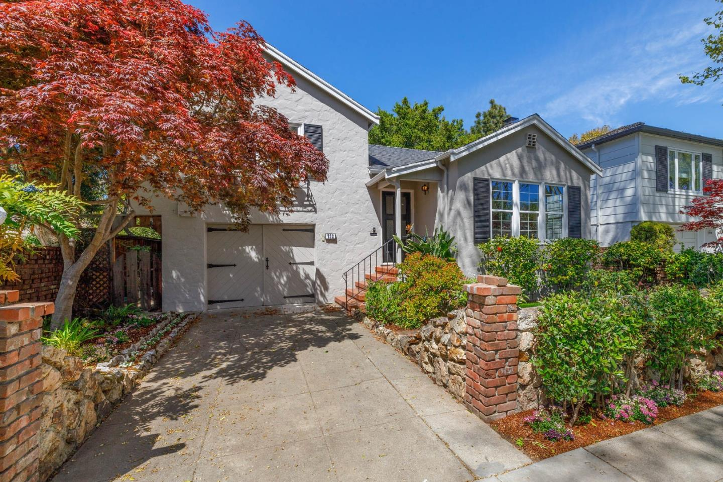 Located at the end of a culdesac next to Washington Park, this picturesque home is located in the desirable neighborhood known as Burlingables. Its 1,920+/- sq. ft. floor plan offers 3 BDS, 2 BA plus a bonus room for home office or workshop, making it ideal for first time homebuyers, expanding families, or down-sizers. The interiors are light and bright, have hardwood floors, are freshly painted, with updated baths and new kitchen appliances making it move in ready. There is a living room with a fireplace, a formal dining room and separate family room with large skylight and back yard access. The location is ideal - you are next to Washington Park and the soon-to-be new Burlingame Rec Center. If you want to go downtown, Burlingame Avenue is a short 0.4 miles away. Here you'll find upscale shopping, a multitude of restaurants, wine bars, coffee, sandwich shops and much more. This property wont stay on the market long, so call today to schedule a private showing!