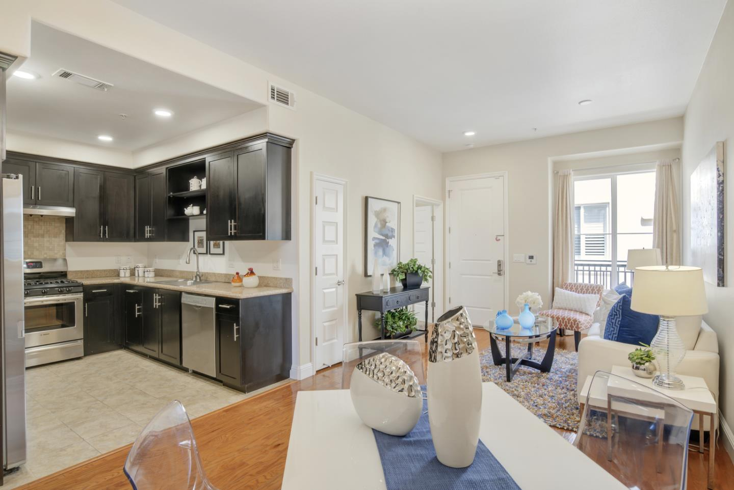 Detail Gallery Image 1 of 1 For 538 S Mathilda Ave #305,  Sunnyvale,  CA 94086 - 3 Beds   2 Baths