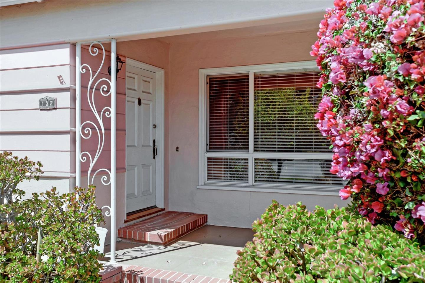 Detail Gallery Image 1 of 41 For 132 41st Ave, San Mateo,  CA 94403 - 3 Beds | 1 Baths