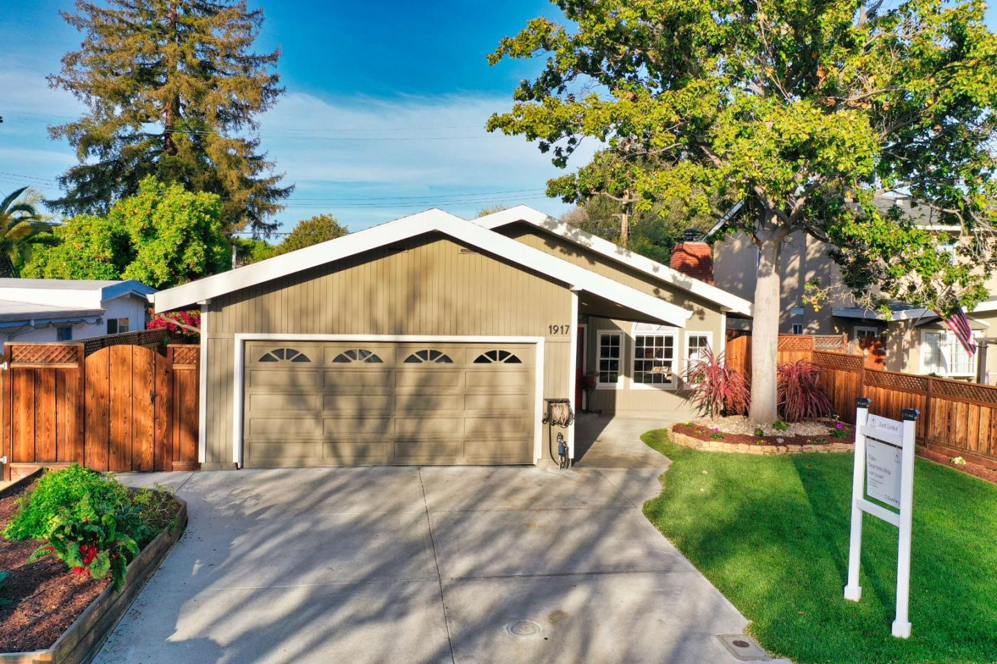 Detail Gallery Image 1 of 1 For 1917 Fillmore St, Santa Clara,  CA 95050 - 3 Beds   2 Baths