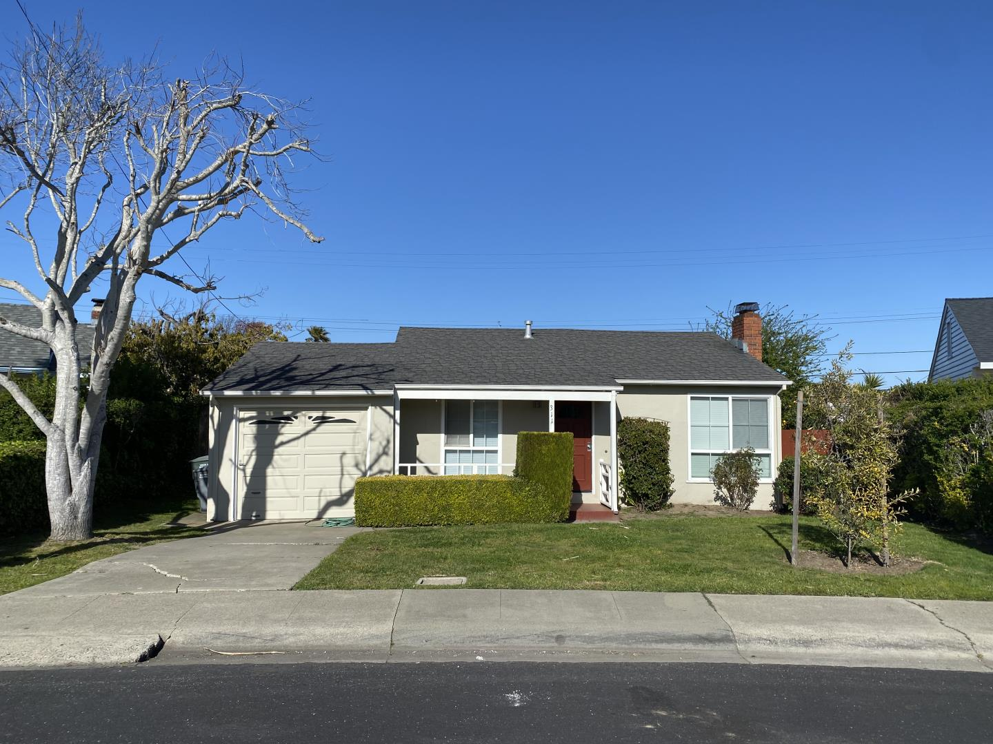 Detail Gallery Image 1 of 14 For 311 Fairway Dr, South San Francisco,  CA 94080 - 3 Beds | 1 Baths