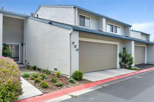 Detail Gallery Image 1 of 23 For 774 Gemini Ln, Foster City,  CA 94404 - 3 Beds | 2/1 Baths