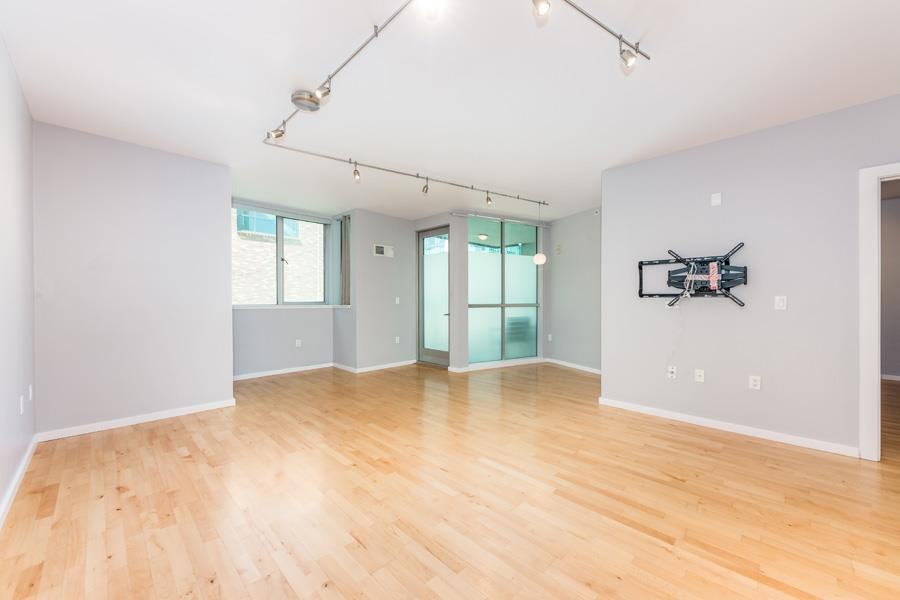 Detail Gallery Image 1 of 1 For 69 Clementina #401,  San Francisco,  CA 94105 - 2 Beds   2 Baths