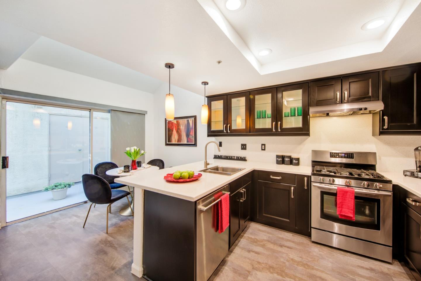 Detail Gallery Image 1 of 1 For 418 Galleria Dr #3,  San Jose,  CA 95134 - 3 Beds   3 Baths