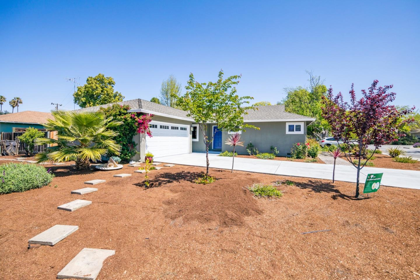 Detail Gallery Image 1 of 1 For 1685 Lee Dr, Mountain View,  CA 94040 - 3 Beds | 1/1 Baths