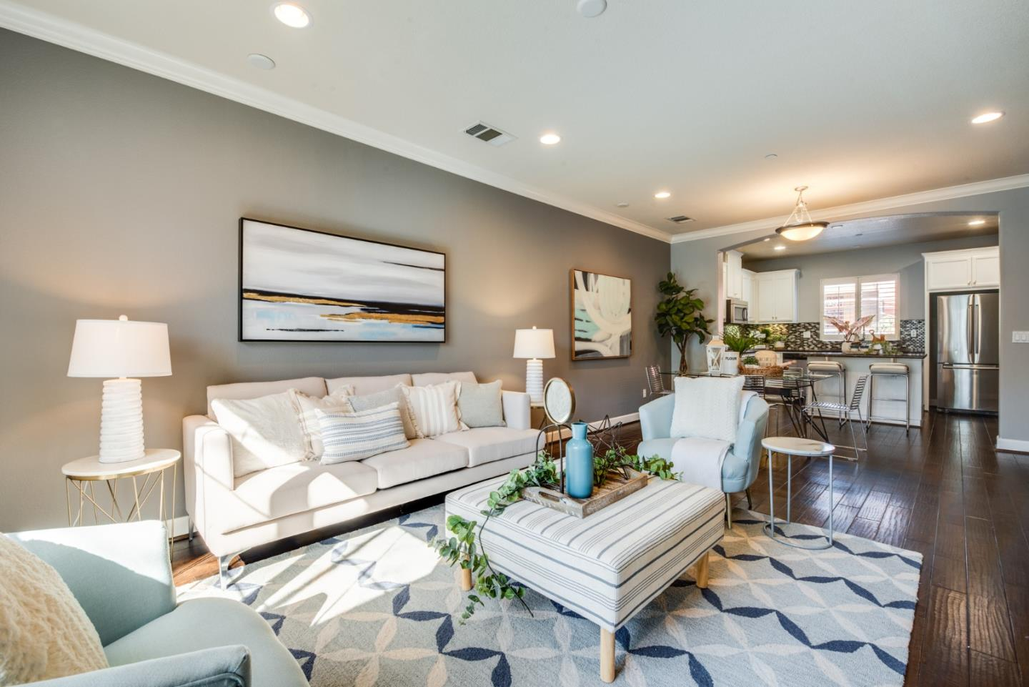 Detail Gallery Image 1 of 1 For 231 Dali Ave, Mountain View,  CA 94041 - 3 Beds | 3/1 Baths