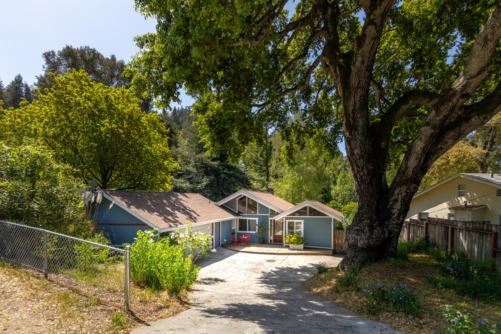 Detail Gallery Image 1 of 1 For 8585 Hihn Rd, Ben Lomond,  CA 95005 - 4 Beds | 2 Baths