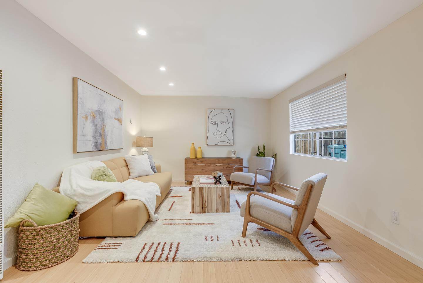 Detail Gallery Image 1 of 13 For 198 Escuela Ave, Mountain View,  CA 94040 - 4 Beds   4 Baths