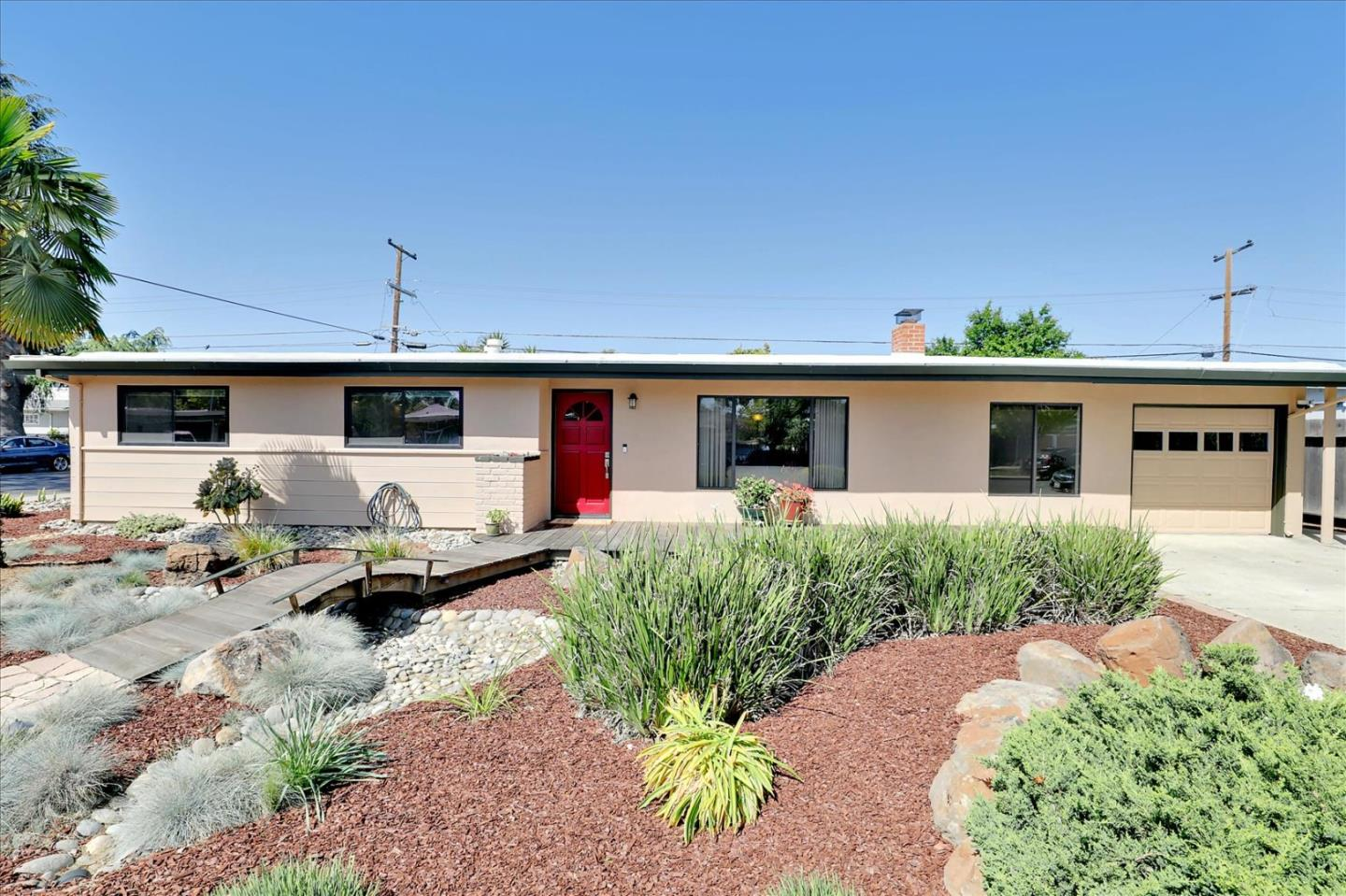 Detail Gallery Image 1 of 1 For 571 Harrison Ave, Campbell,  CA 95008 - 3 Beds | 2/1 Baths