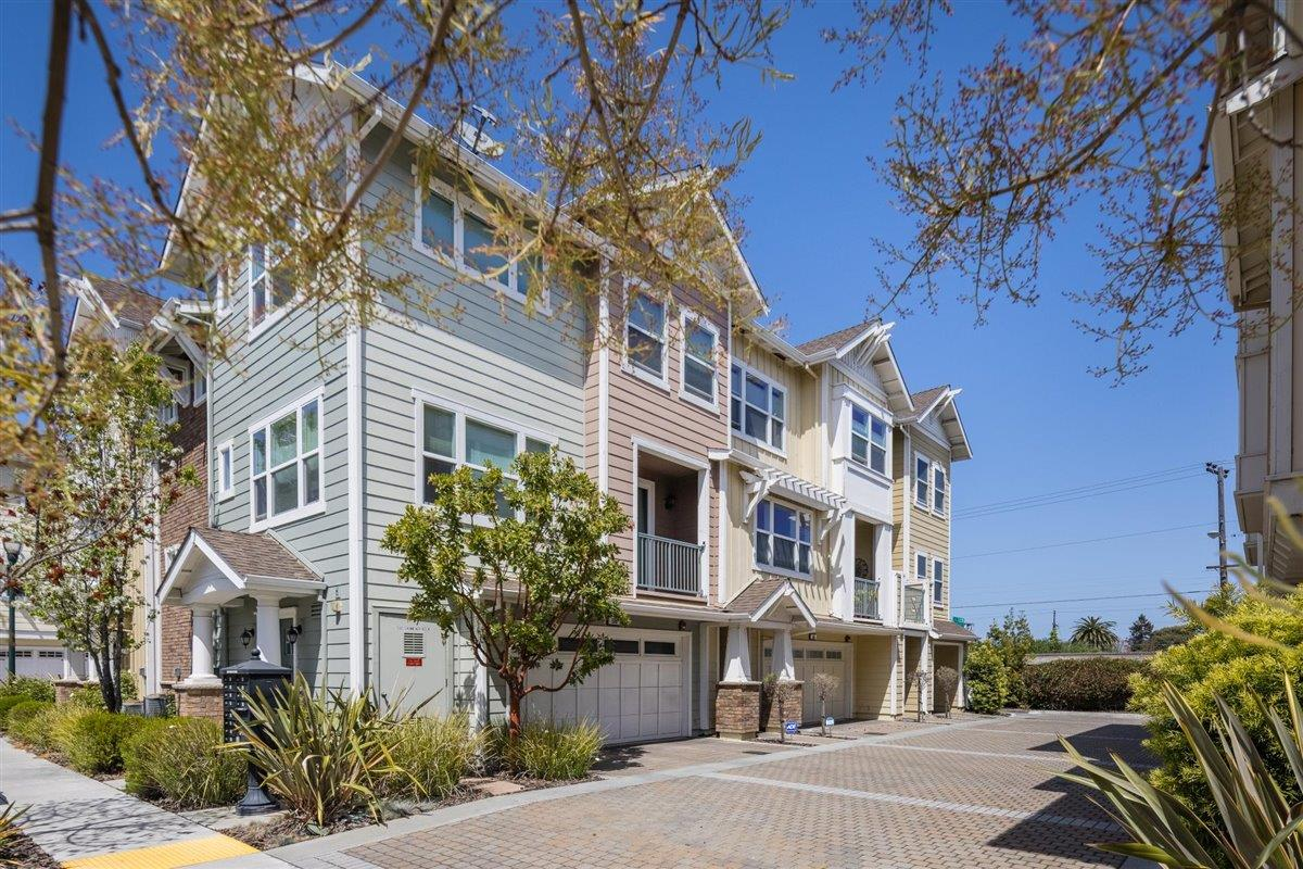 Detail Gallery Image 1 of 17 For 502 S Hummingbird Ln, San Mateo,  CA 94402 - 1 Beds | 1 Baths