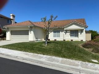 Detail Gallery Image 1 of 1 For 18223 Viewcrest Ln, Salinas,  CA 93908 - 3 Beds   2 Baths
