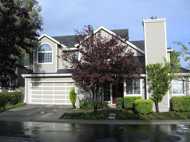 Detail Gallery Image 1 of 13 For 117 Williams Ln, Foster City,  CA 94404 - 3 Beds | 2/1 Baths