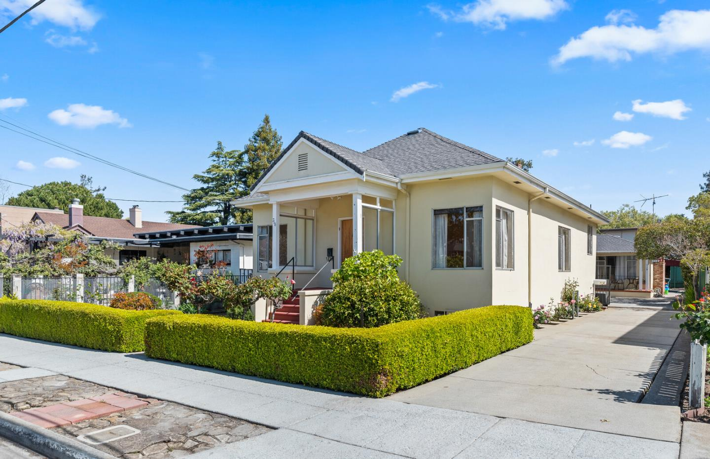 Detail Gallery Image 1 of 39 For 716 Prospect Row, San Mateo,  CA 94401 - – Beds | – Baths