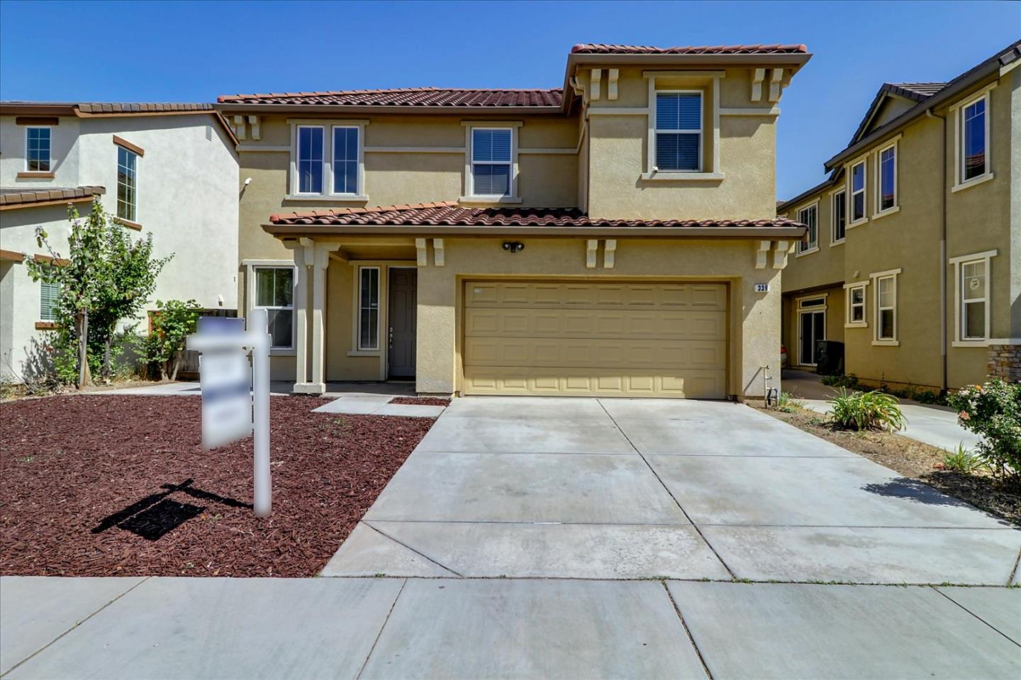 Detail Gallery Image 1 of 1 For 339 Blue Sky Dr, Lathrop,  CA 95330 - 4 Beds | 2/1 Baths