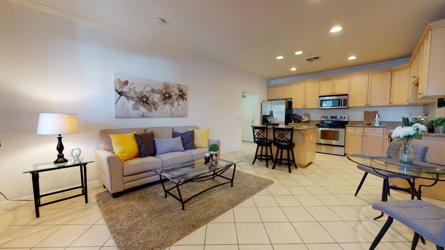 Detail Gallery Image 1 of 38 For 88 N Jackson Ave #123,  San Jose,  CA 95116 - 2 Beds | 2 Baths