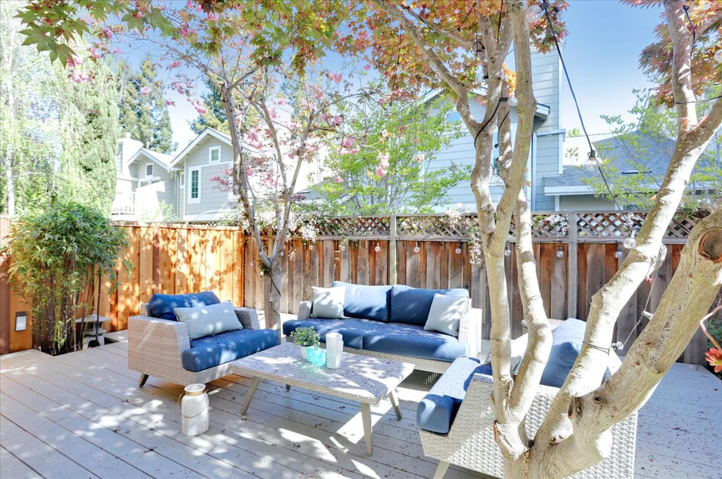 Detail Gallery Image 1 of 1 For 128 Ada Ave #20,  Mountain View,  CA 94043 - 2 Beds | 2/1 Baths