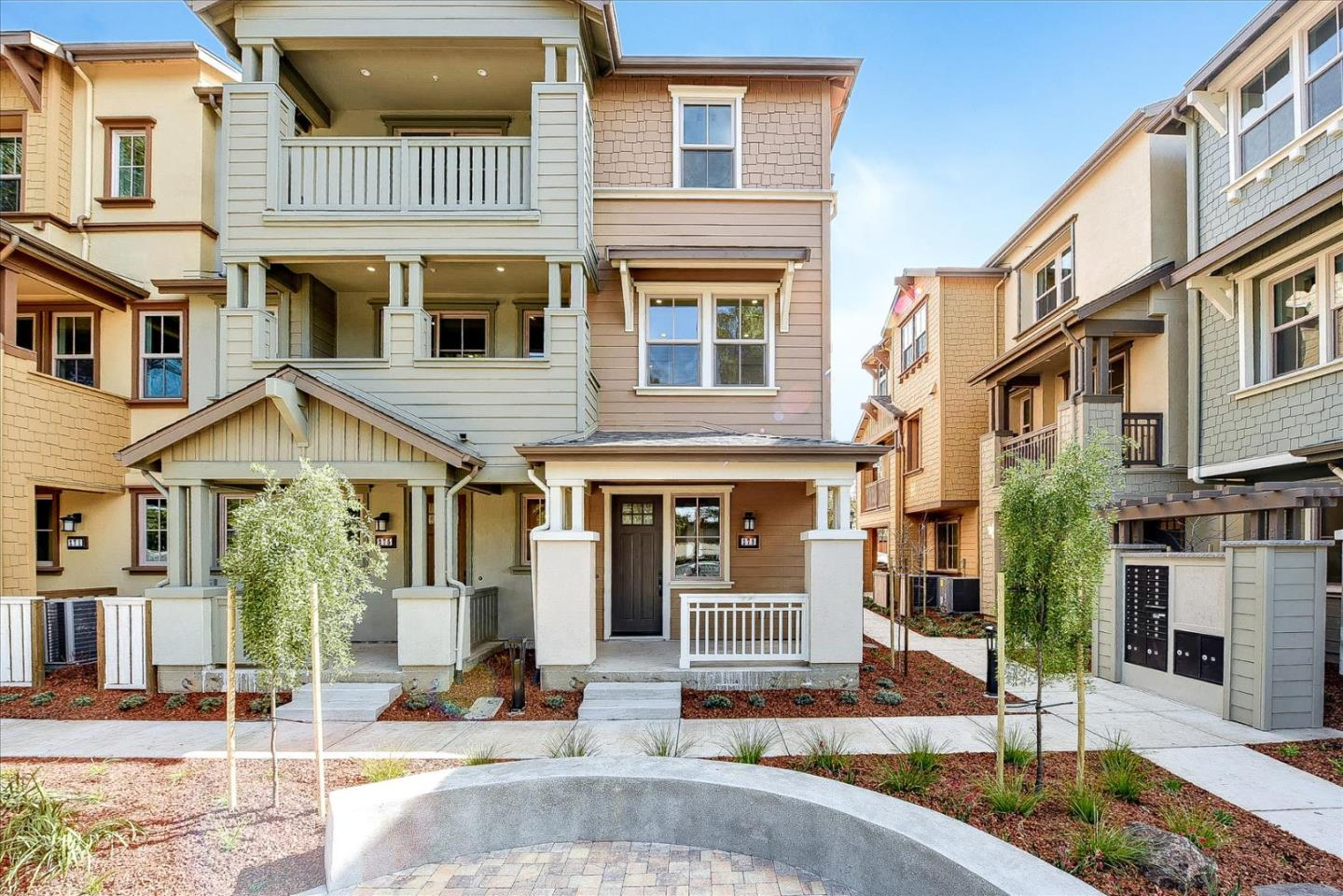 Detail Gallery Image 1 of 50 For 279 Calderon Ave, Mountain View,  CA 94041 - 3 Beds   3/1 Baths