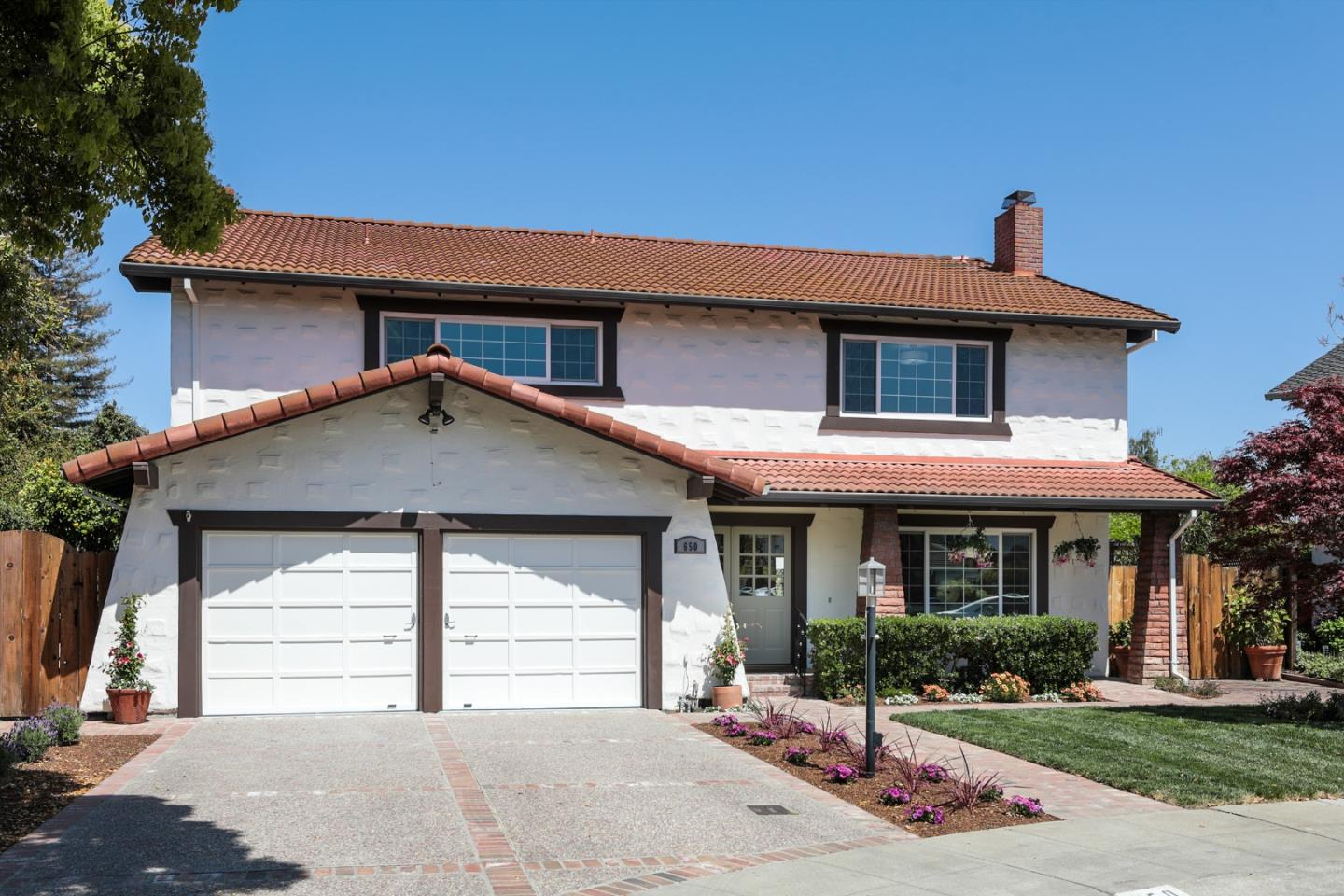 Detail Gallery Image 1 of 1 For 650 Towle Pl, Palo Alto,  CA 94306 - 5 Beds   2/1 Baths