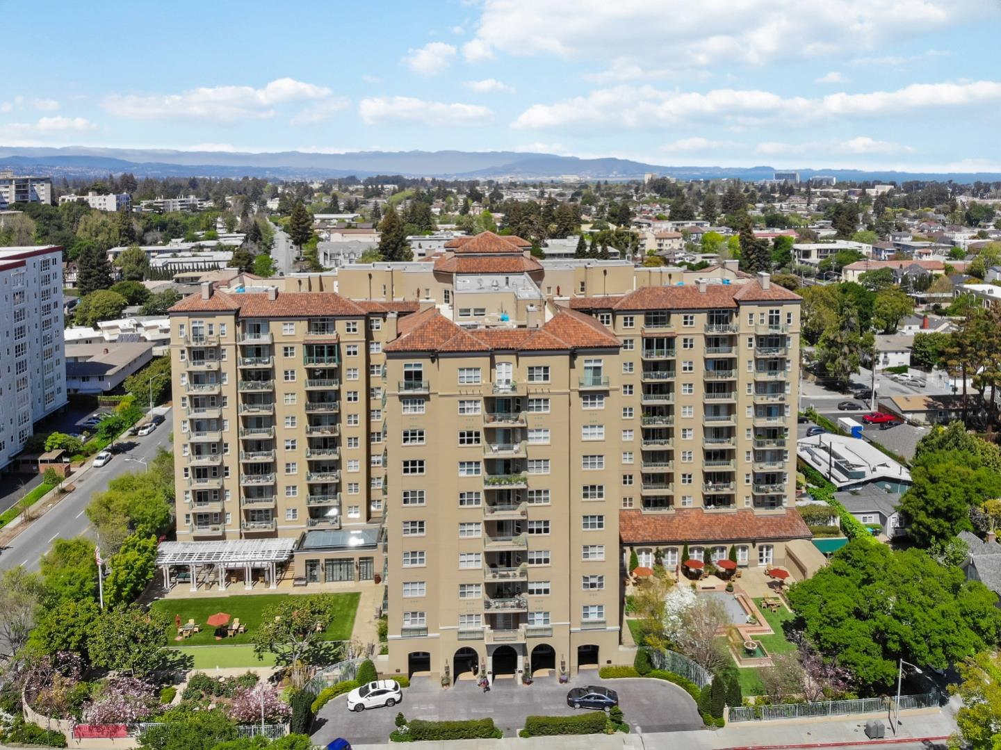 Detail Gallery Image 1 of 58 For 1 Baldwin Ave #203,  San Mateo,  CA 94401 - 2 Beds | 2 Baths