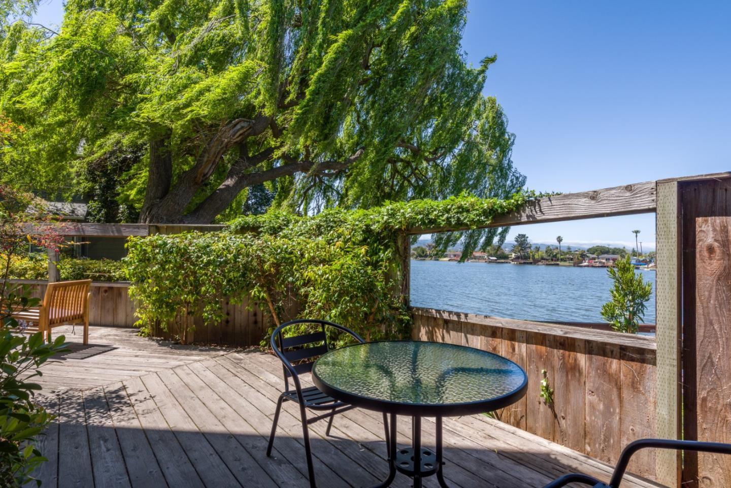 Detail Gallery Image 1 of 26 For 926 Shoreline Dr, San Mateo,  CA 94404 - 2 Beds | 2 Baths