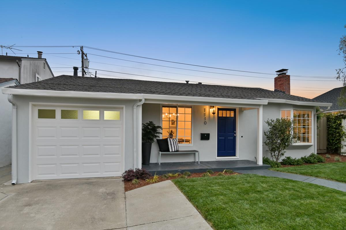 Detail Gallery Image 1 of 20 For 1110 S Claremont St, San Mateo,  CA 94402 - 4 Beds | 2 Baths