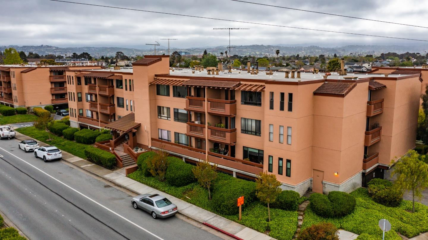 Detail Gallery Image 1 of 39 For 456 Mariners Island Blvd #319,  San Mateo,  CA 94404 - 1 Beds | 1 Baths