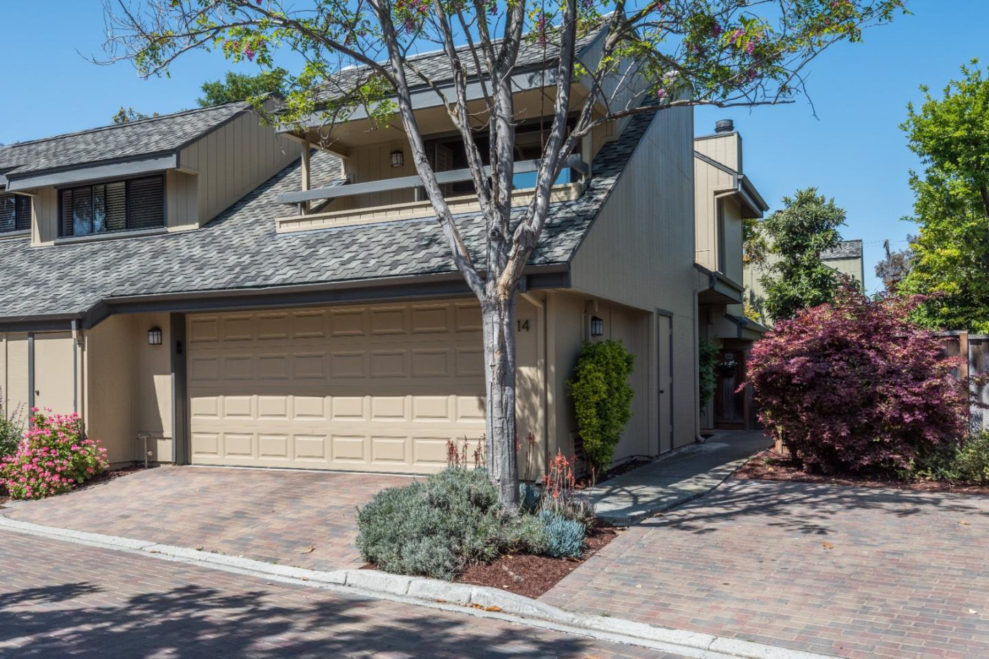 Detail Gallery Image 1 of 1 For 670 San Antonio Rd #14,  Palo Alto,  CA 94306 - 3 Beds | 2/1 Baths