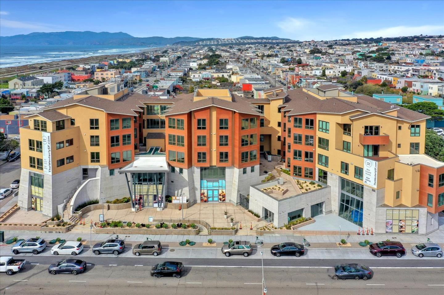 Detail Gallery Image 1 of 25 For 3535 Wawona St #422,  San Francisco,  CA 94116 - 1 Beds   1 Baths