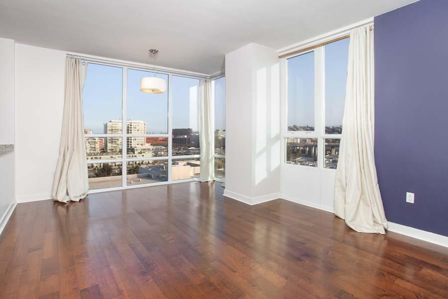 Detail Gallery Image 1 of 1 For 300 Berry St #1313,  San Francisco,  CA 94158 - 2 Beds   1 Baths