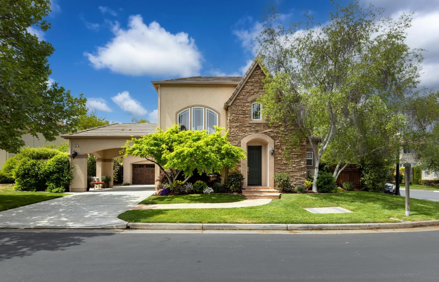 Detail Gallery Image 1 of 1 For 7481 Carnoustie Ct, Gilroy,  CA 95020 - 5 Beds   3/1 Baths