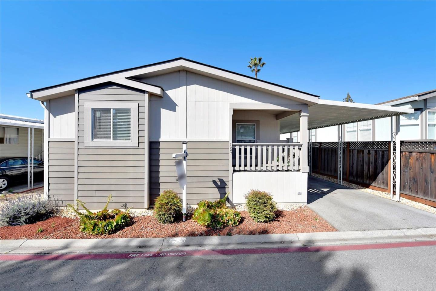 Detail Gallery Image 1 of 1 For 6130 Monterey Rd #157,  San Jose,  CA 95138 - 3 Beds   2 Baths