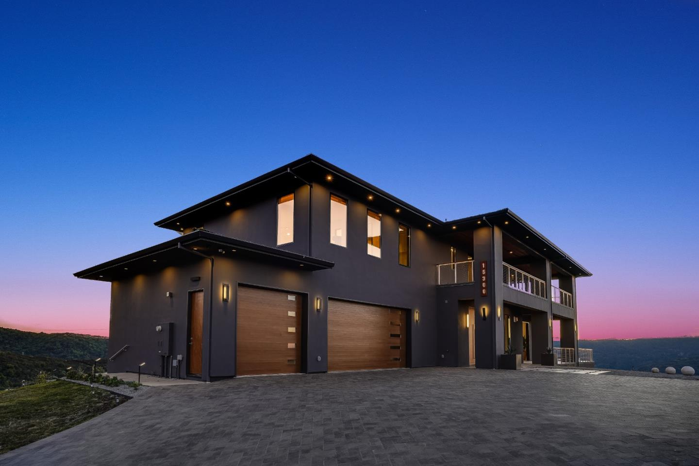 Detail Gallery Image 1 of 1 For 15300 Blackberry Hill Rd, Los Gatos,  CA 95030 - 5 Beds   5/2 Baths