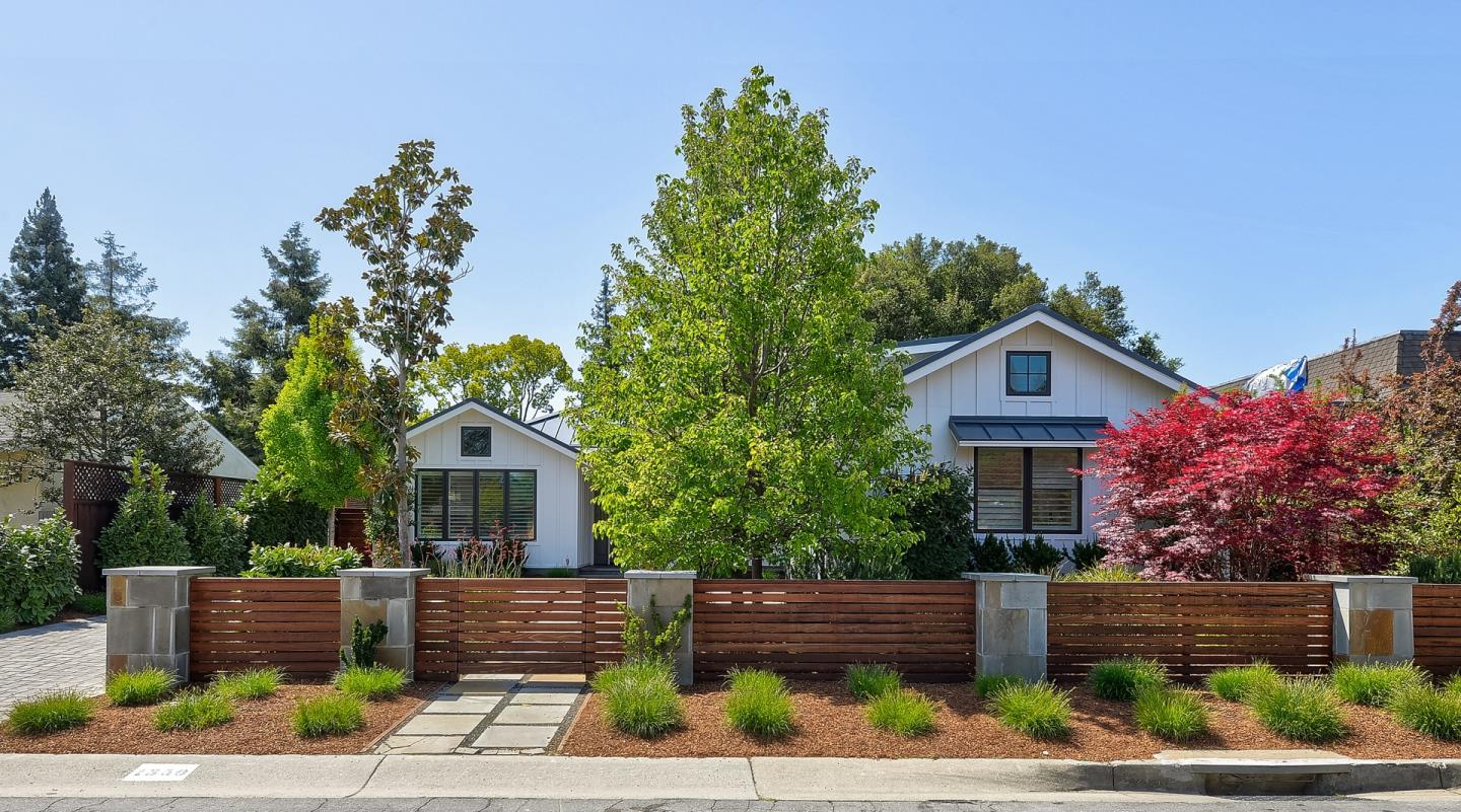 Detail Gallery Image 1 of 1 For 1350 Miravalle Ave, Los Altos,  CA 94024 - 5 Beds   4 Baths