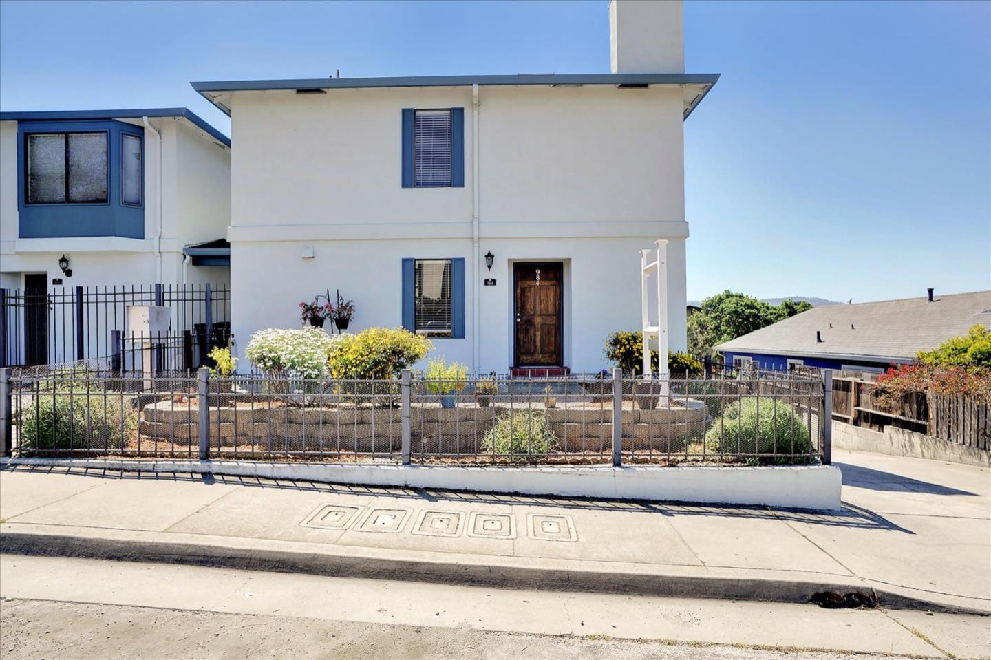 Detail Gallery Image 1 of 1 For 984 Sonoma Ave, Seaside,  CA 93955 - 2 Beds | 1/1 Baths