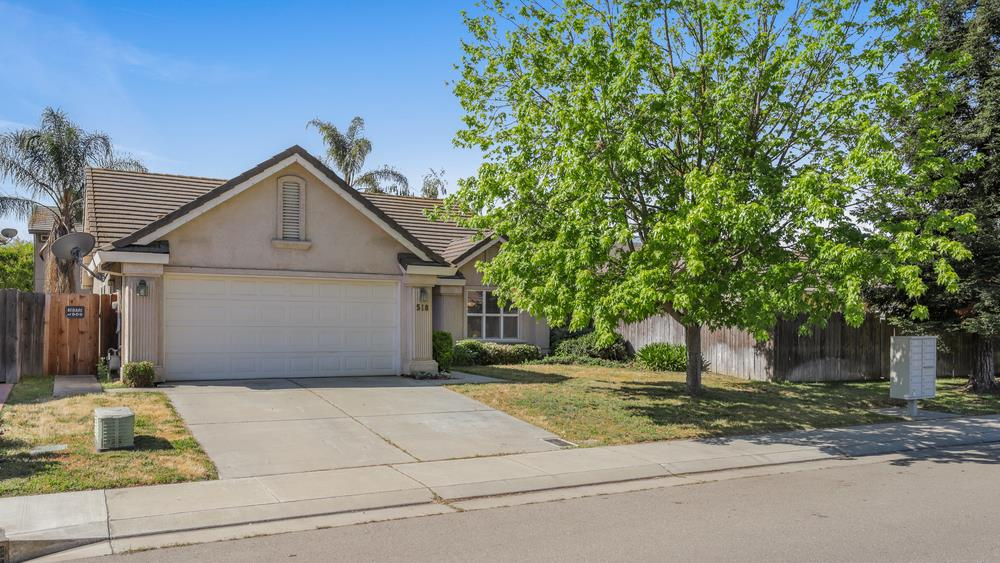 Detail Gallery Image 1 of 1 For 518 Schaffer Dr, Lodi,  CA 95240 - 3 Beds | 2 Baths