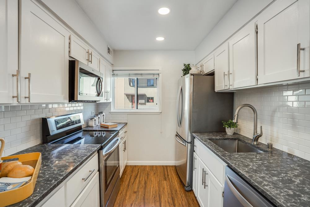 Detail Gallery Image 1 of 1 For 6203 Admiralty Ln, Foster City,  CA 94404 - 2 Beds | 1/1 Baths