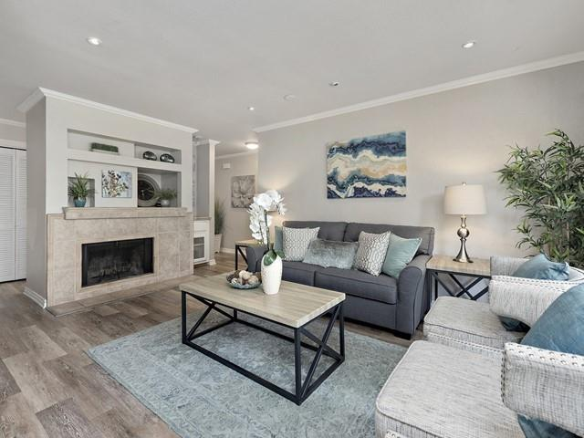 Detail Gallery Image 1 of 1 For 370 Union Ave #A,  Campbell,  CA 95008 - 2 Beds   2 Baths