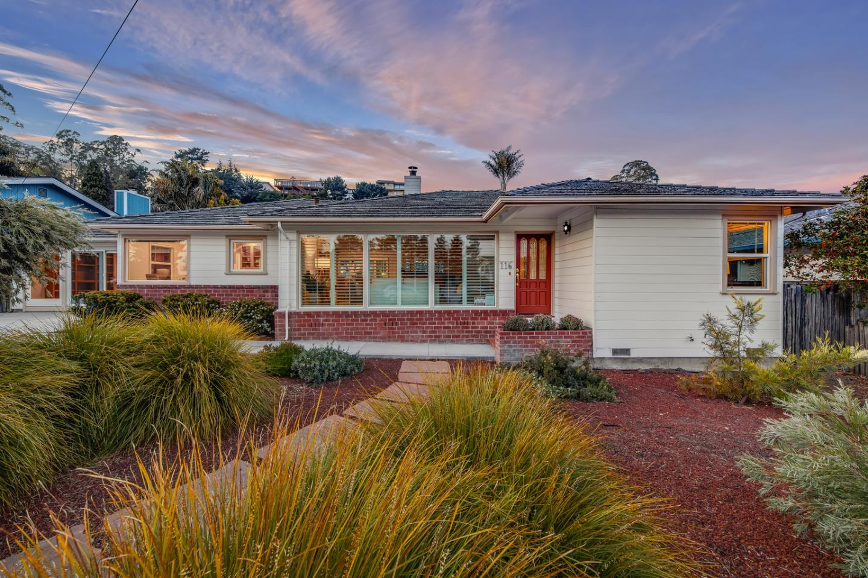 Detail Gallery Image 1 of 1 For 116 Grandview St, Santa Cruz,  CA 95060 - 3 Beds   2 Baths