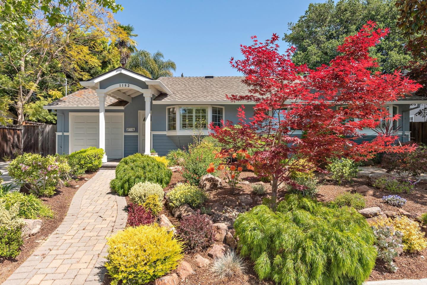Detail Gallery Image 1 of 1 For 1183 Solana Dr, Mountain View,  CA 94040 - 4 Beds | 2 Baths