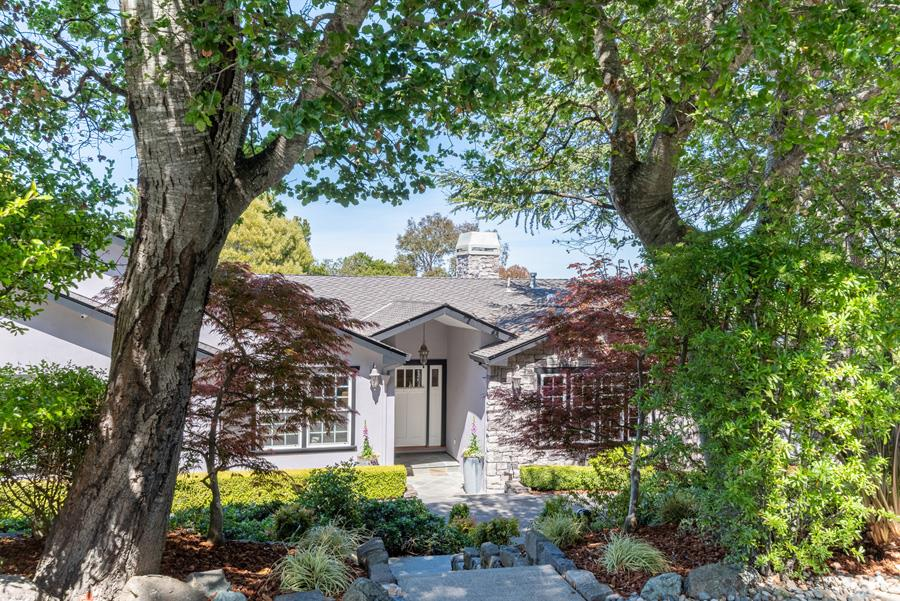 Detail Gallery Image 1 of 1 For 109 Los Robles Dr, Burlingame,  CA 94010 - 5 Beds | 4/1 Baths