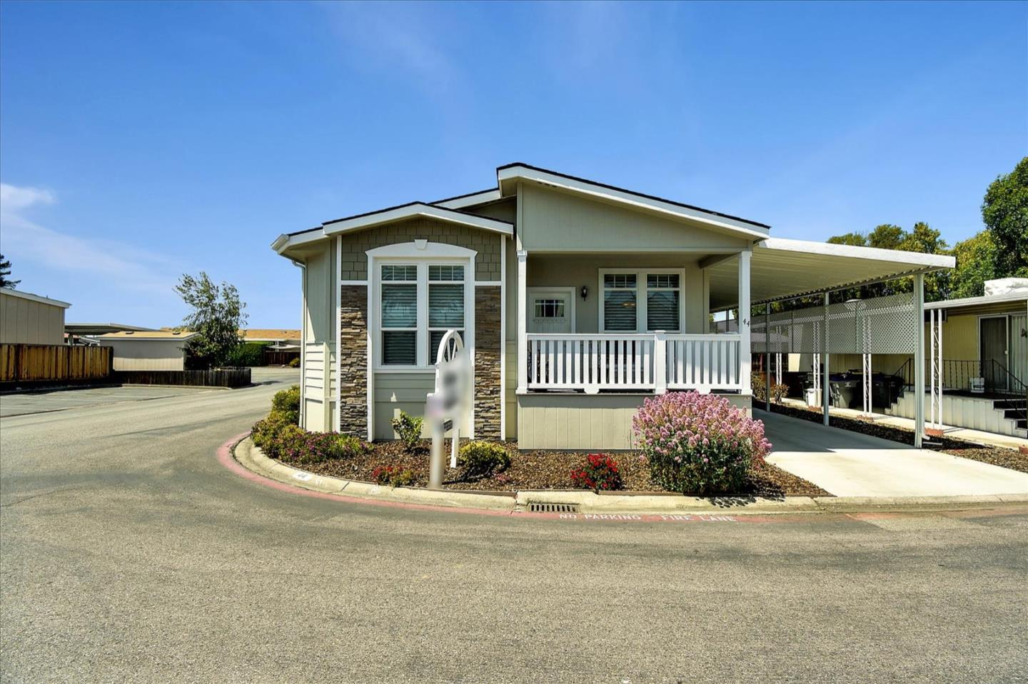 Detail Gallery Image 1 of 38 For 1085 Tasman Dr #44,  Sunnyvale,  CA 94089 - 3 Beds | 2 Baths