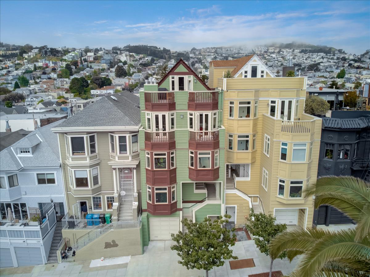 Detail Gallery Image 1 of 31 For 1268 Dolores St, San Francisco,  CA 94110 - 2 Beds   2 Baths