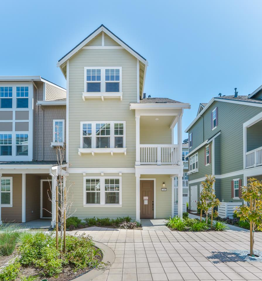 Detail Gallery Image 1 of 40 For 249 Orbit Way, Mountain View,  CA 94043 - 4 Beds | 3/1 Baths